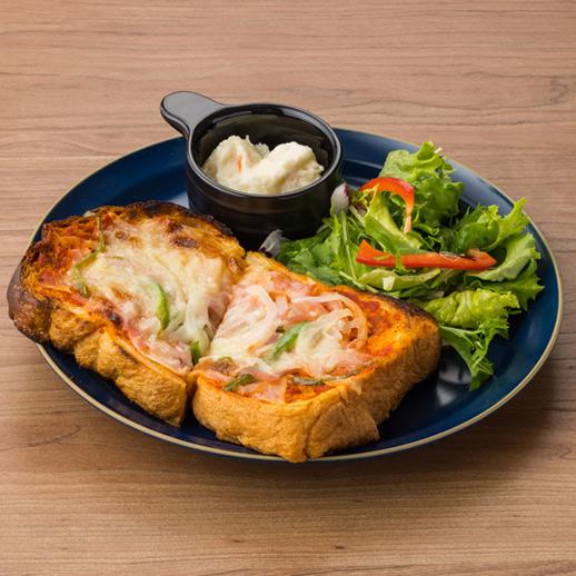 ベーコンとオニオンのピザトースト